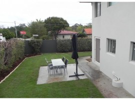 Furnished two bedroom unit, fenced courtyard, pet friendly.
